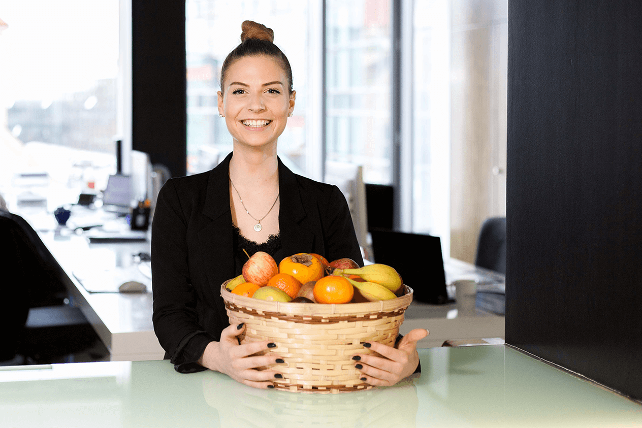 Sara (Team Assistant Office Management)